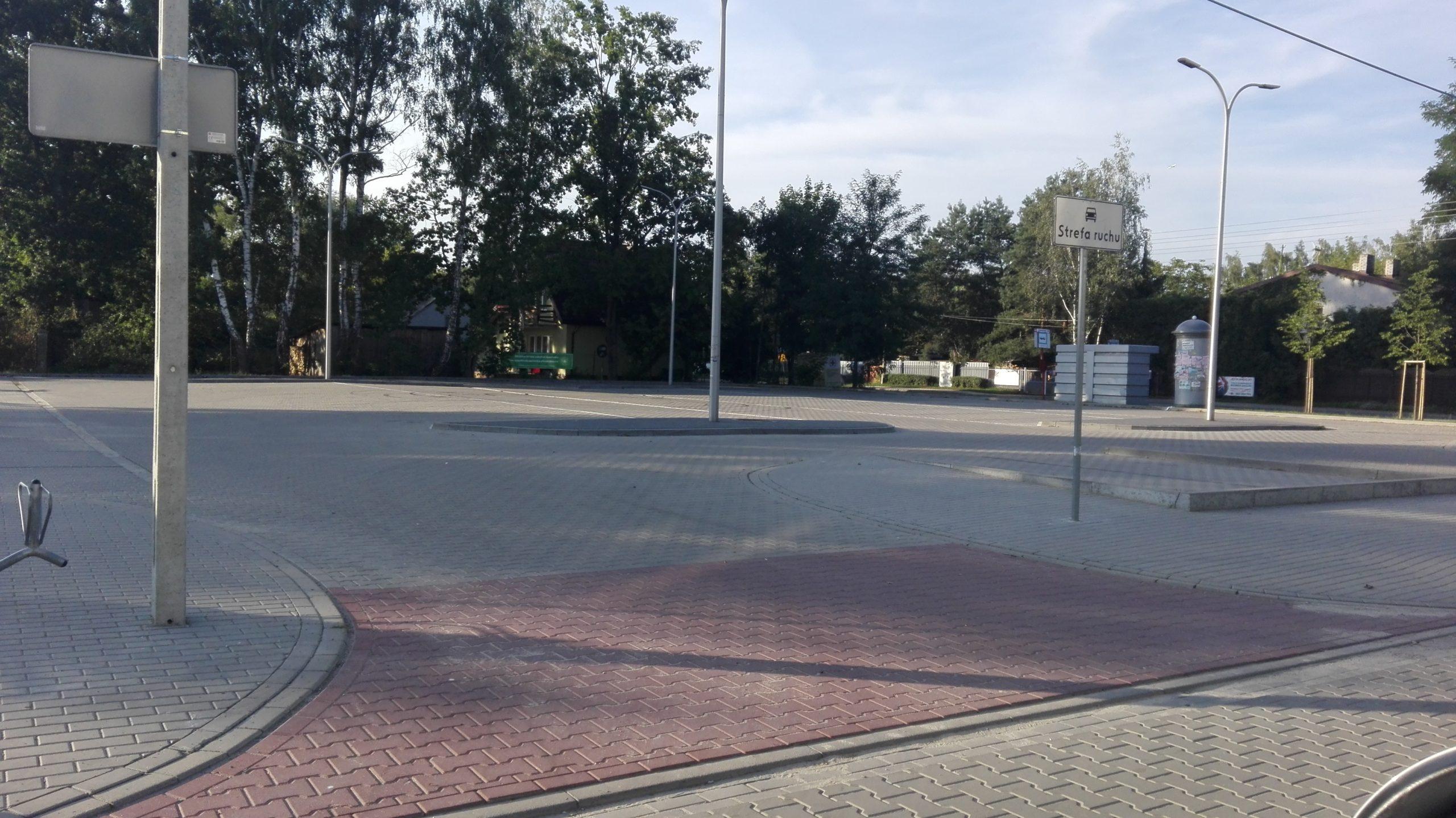 budowa parkingu przed Szkołą Podstawową nr 3 w Piasecznie